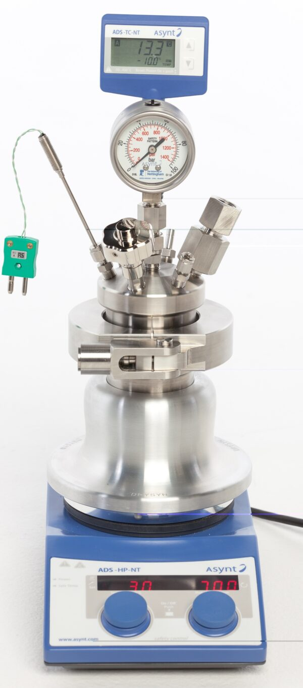 PressureSyn high pressure safety laboratory reactor from Asynt