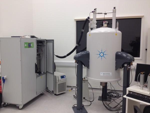 liquid nitrogen generator NMR