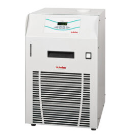 Julabo F1000 chiller from Asynt