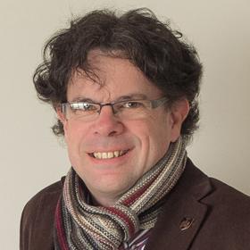 Dr Arran Solomonsz